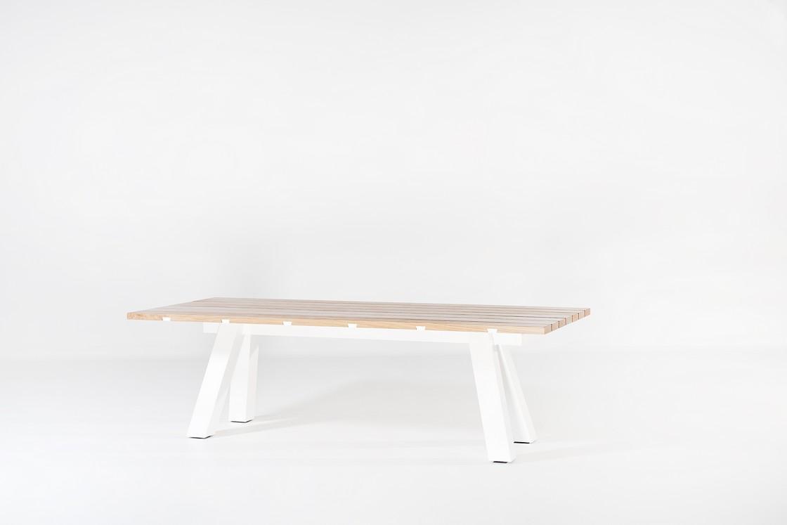 Outdoor 01 Table by Marlieke van Rossum for Avenue Road