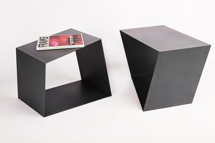 Table Attraction by Alexander Makhno