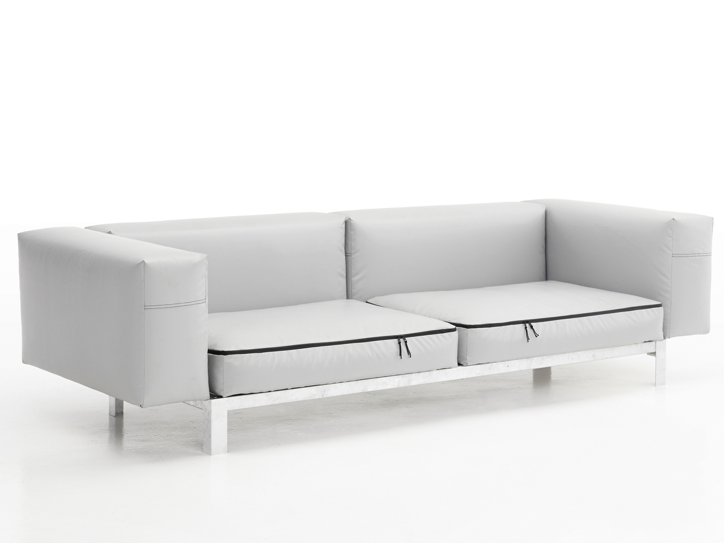 Walrus Sofa by Extremis