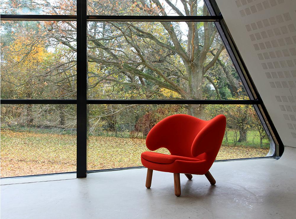 Pelican Lounge Chair by Finn Juhl