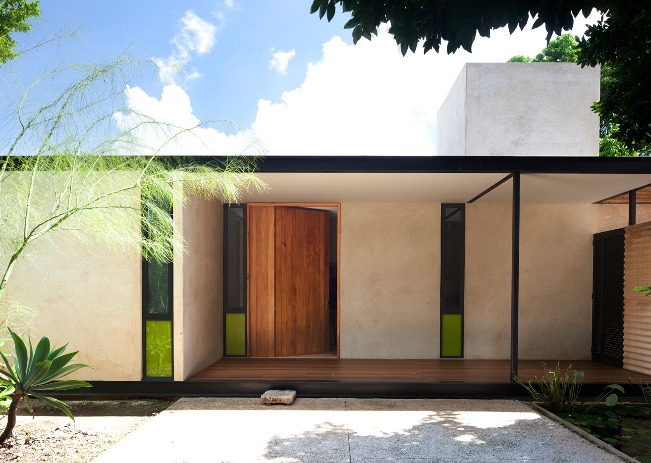 Itzimna House in Mérida, Mexico by Reyes Rios + Larrain Arquitectos