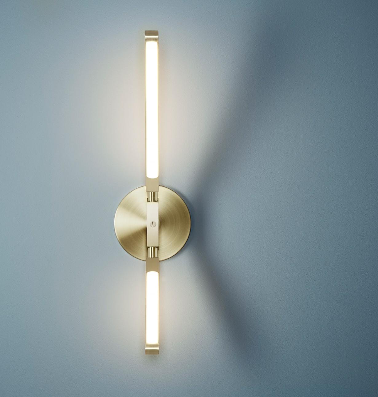 Pris Wall Lamp by PELLE