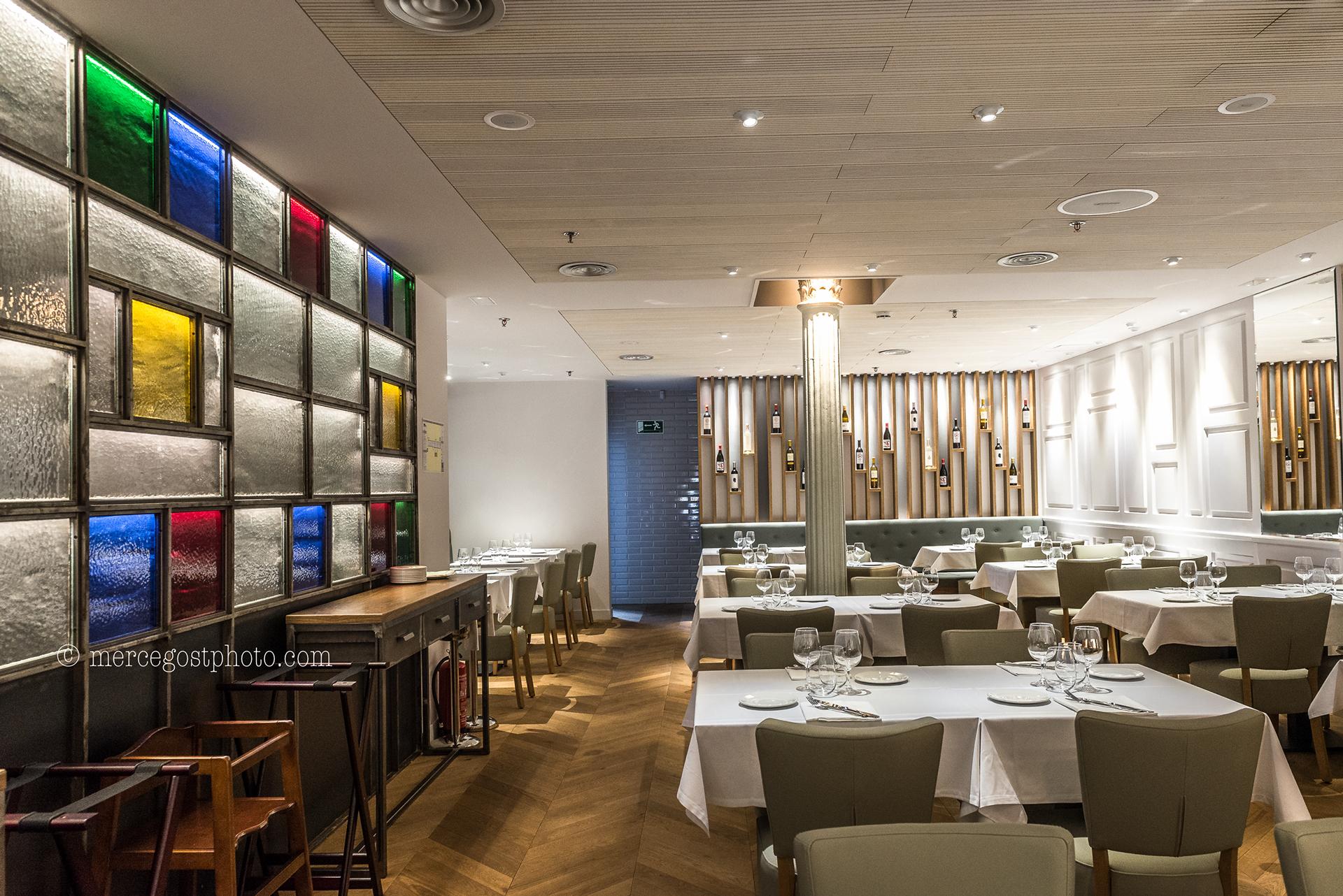 The Cullera de Boix Restaurant in Barcelona, Spain by Batua Interiores Creativos