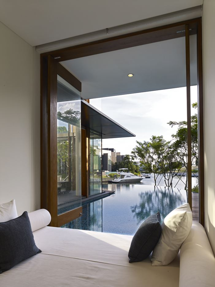 No.2 Residence in Singapore by Robert Greg Shand Architects