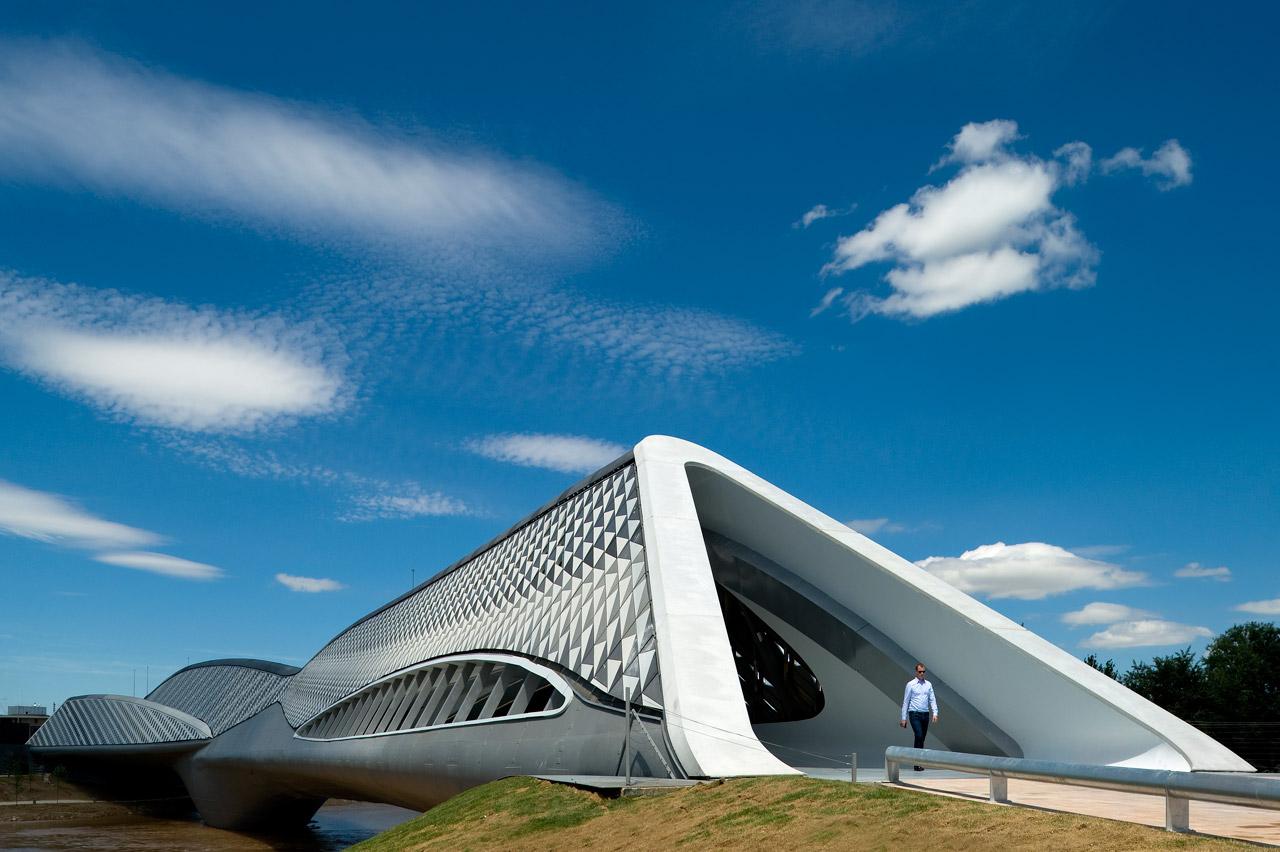 Bridge Pavilion in Zaragoza