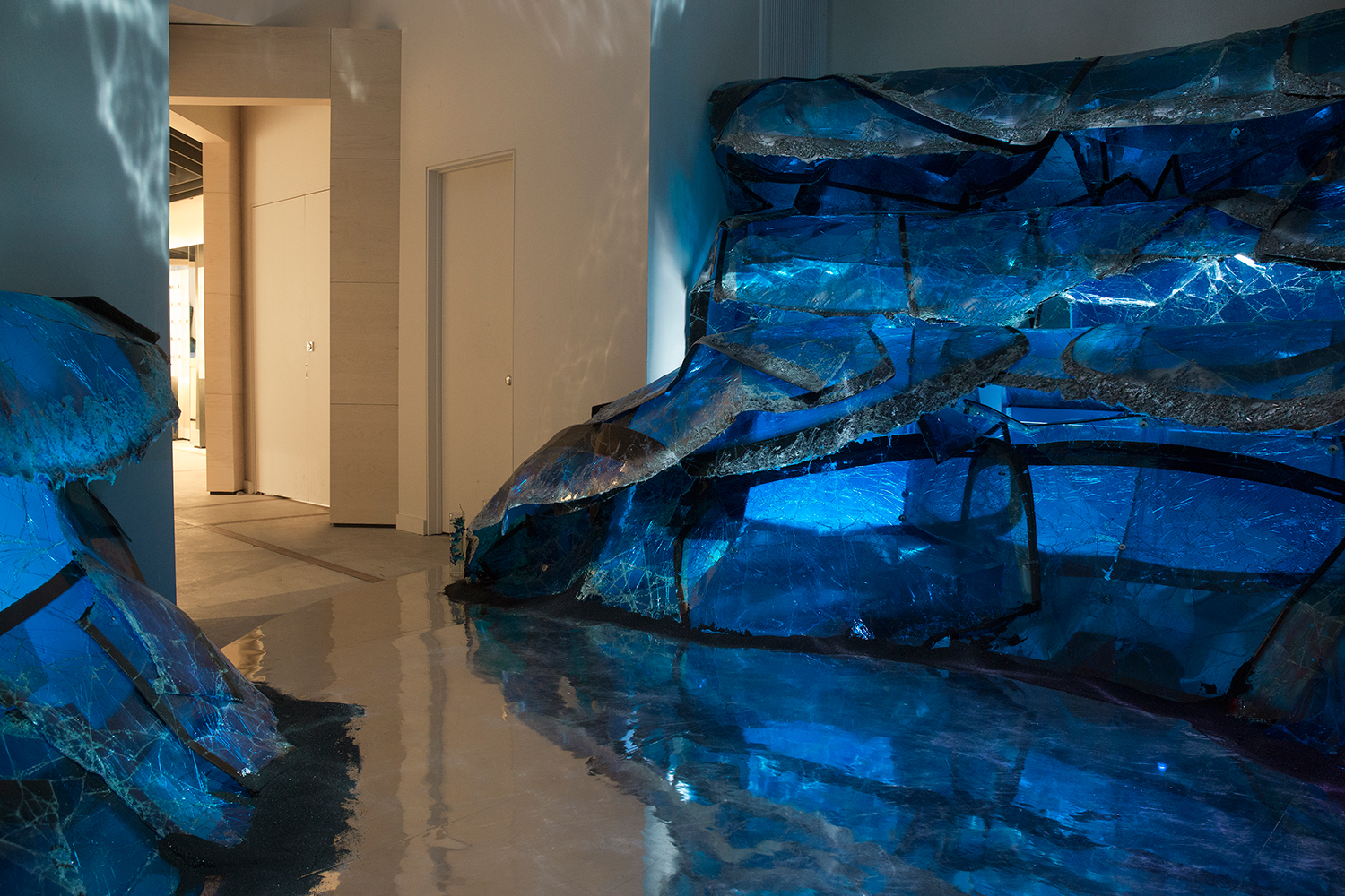 ce41d67f180 Gentle Monster Transforms Its NY Flagship With Ocean-Inspired Glass  Installation