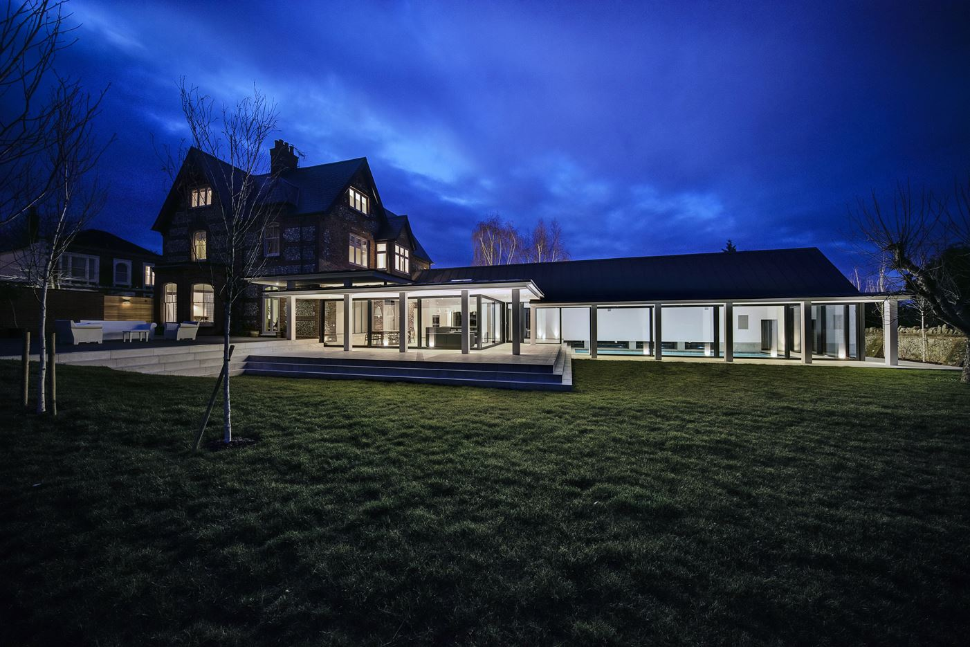 The Pilot's House in Winchester, United Kingdom by AR Design Studio Architects