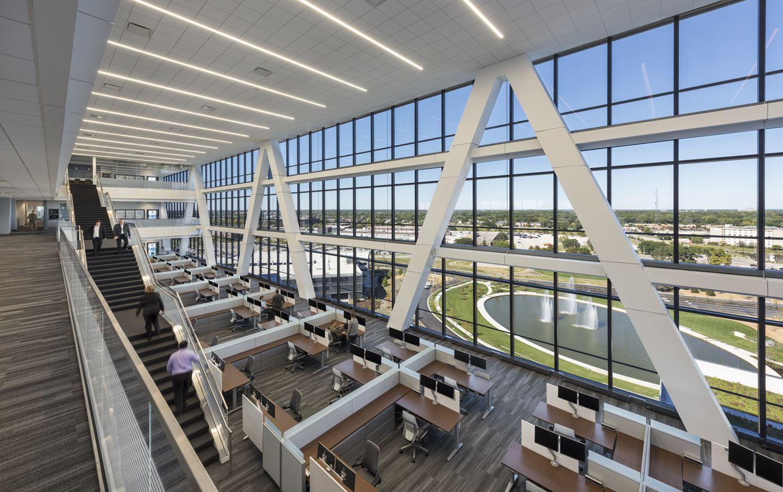 The Zurich North America Headquarters by Goettsch Partners