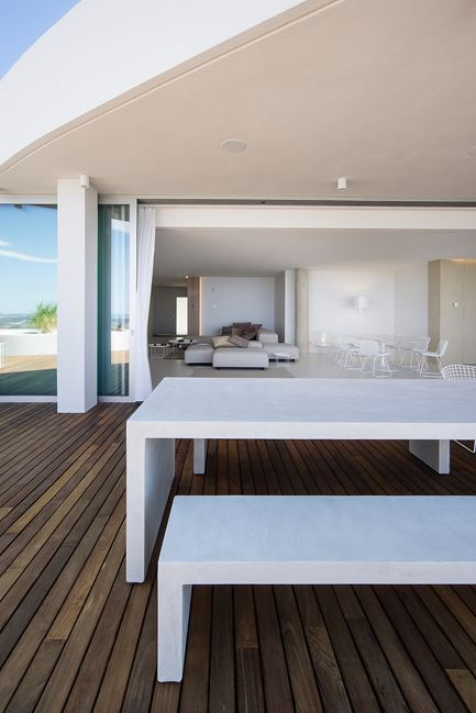 Apartment in The Sun in Alicante, Spain by Filip Deslee