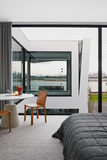 Williamstown House in Melbourne, Australia by Fiona Lynch
