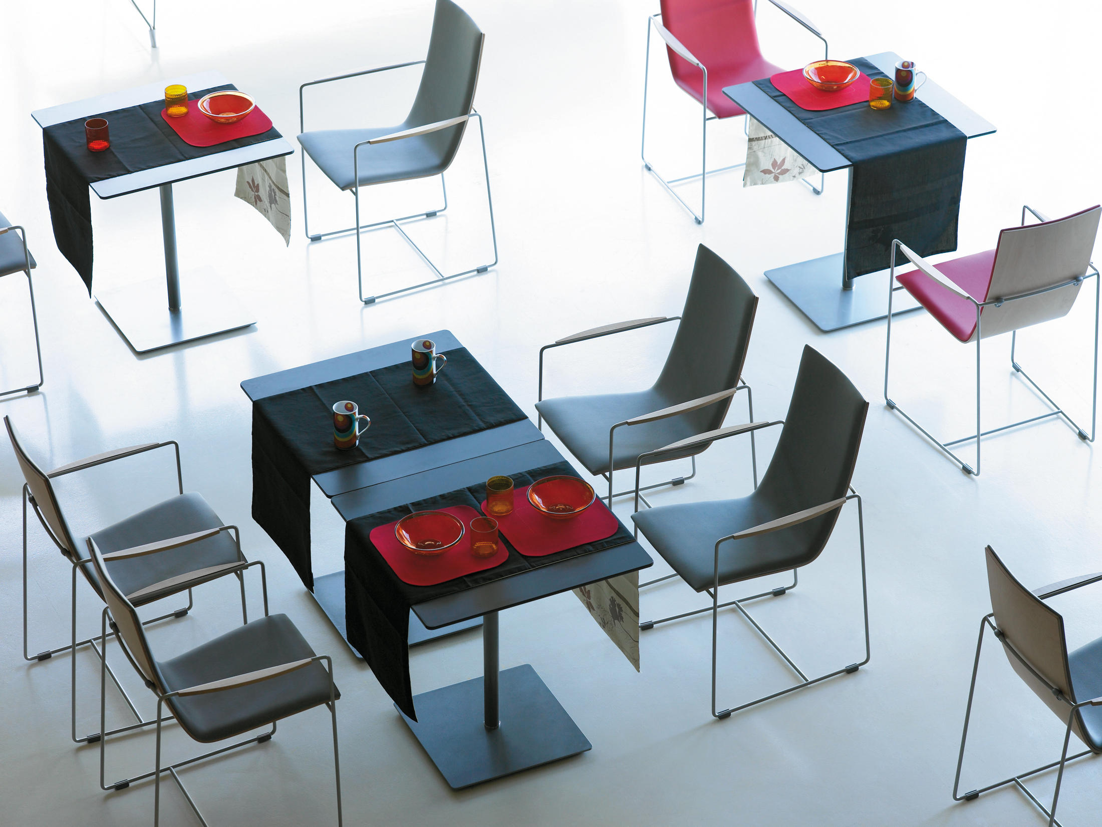 Hammok Lounge Chair by Sellex