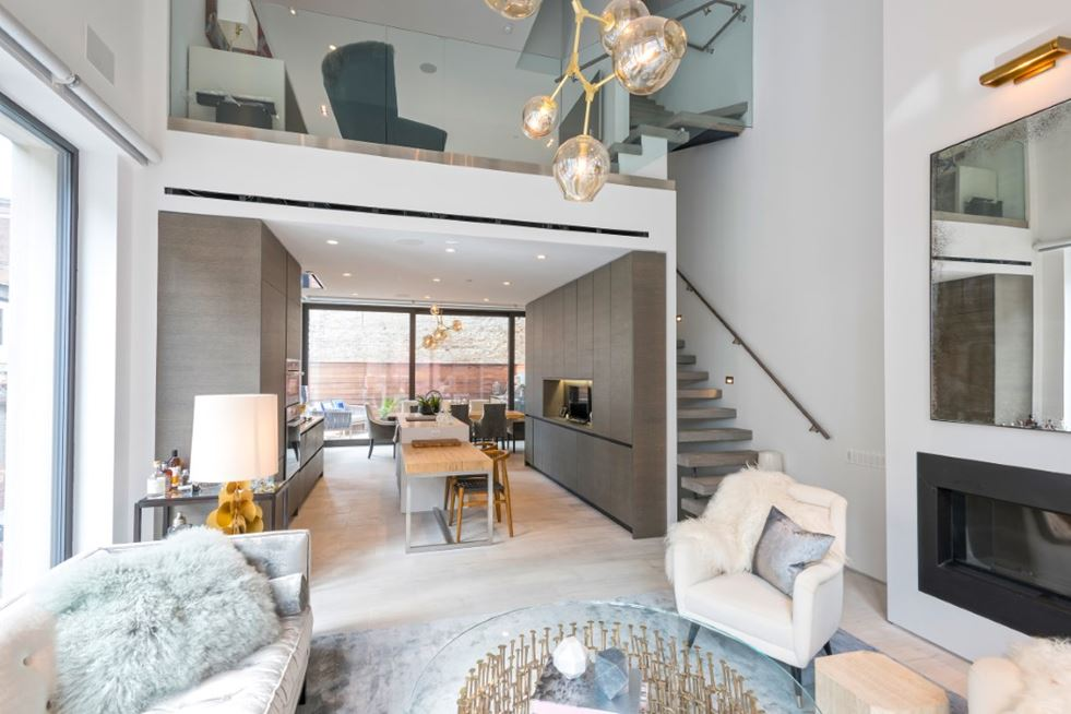 DUMBO Townhouses in New York by Alloy