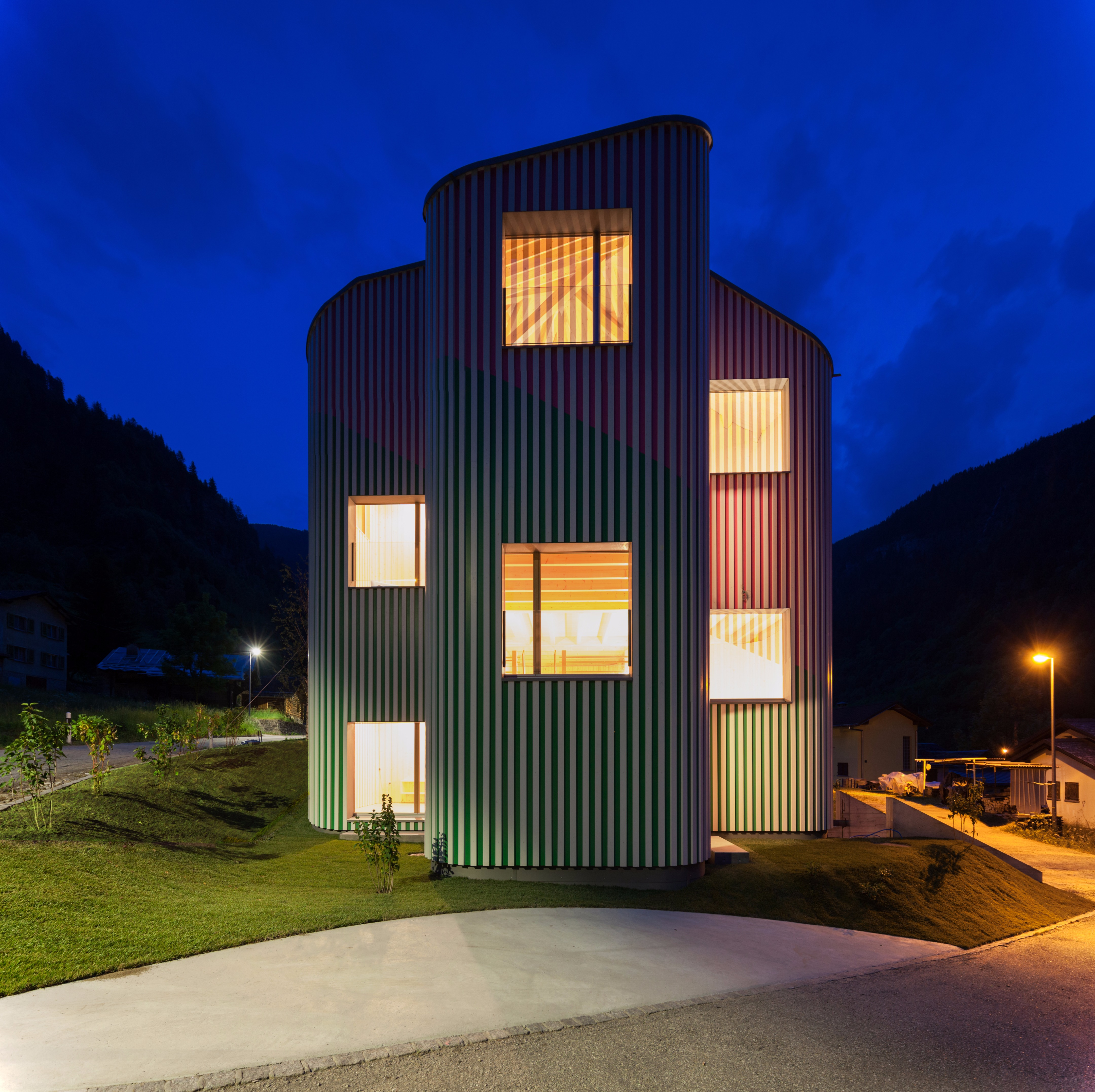 Swiss House Rossa in Piccola Svizzera, Italy by Davide Macullo Architects