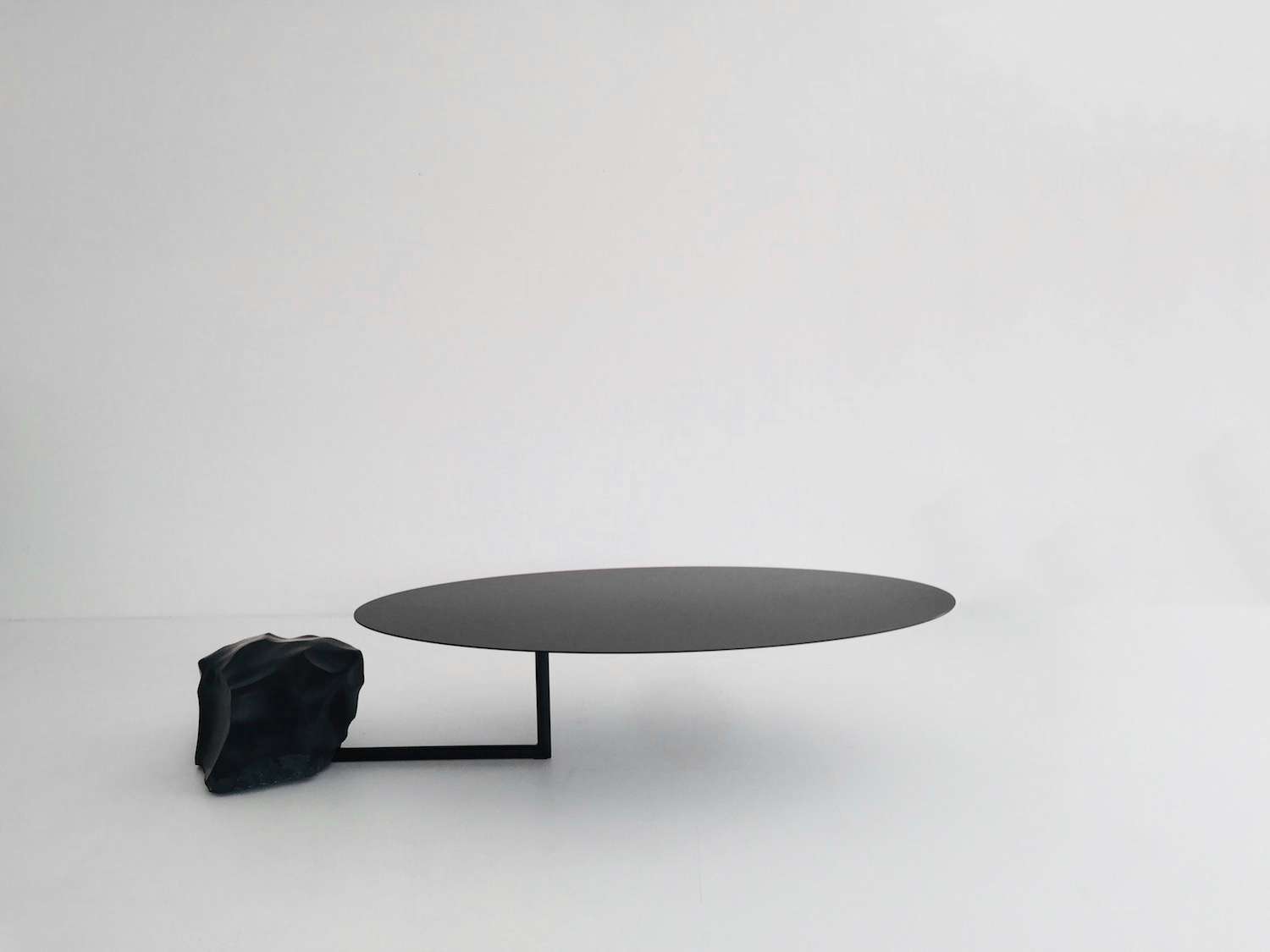 110 kgs Coffee Table by Max Enrich