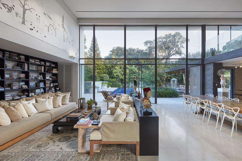 Art Lovers House in Tel Aviv, Israel by Witt Architects