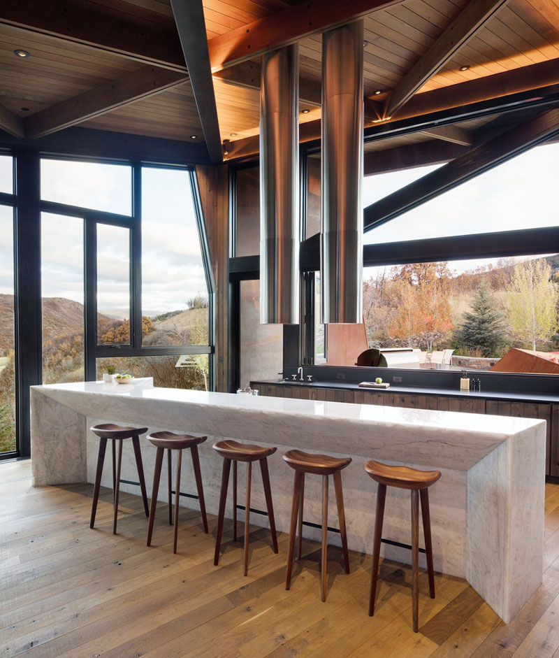 Owl Creek Residence in Snowmass, Colorado by Skylab