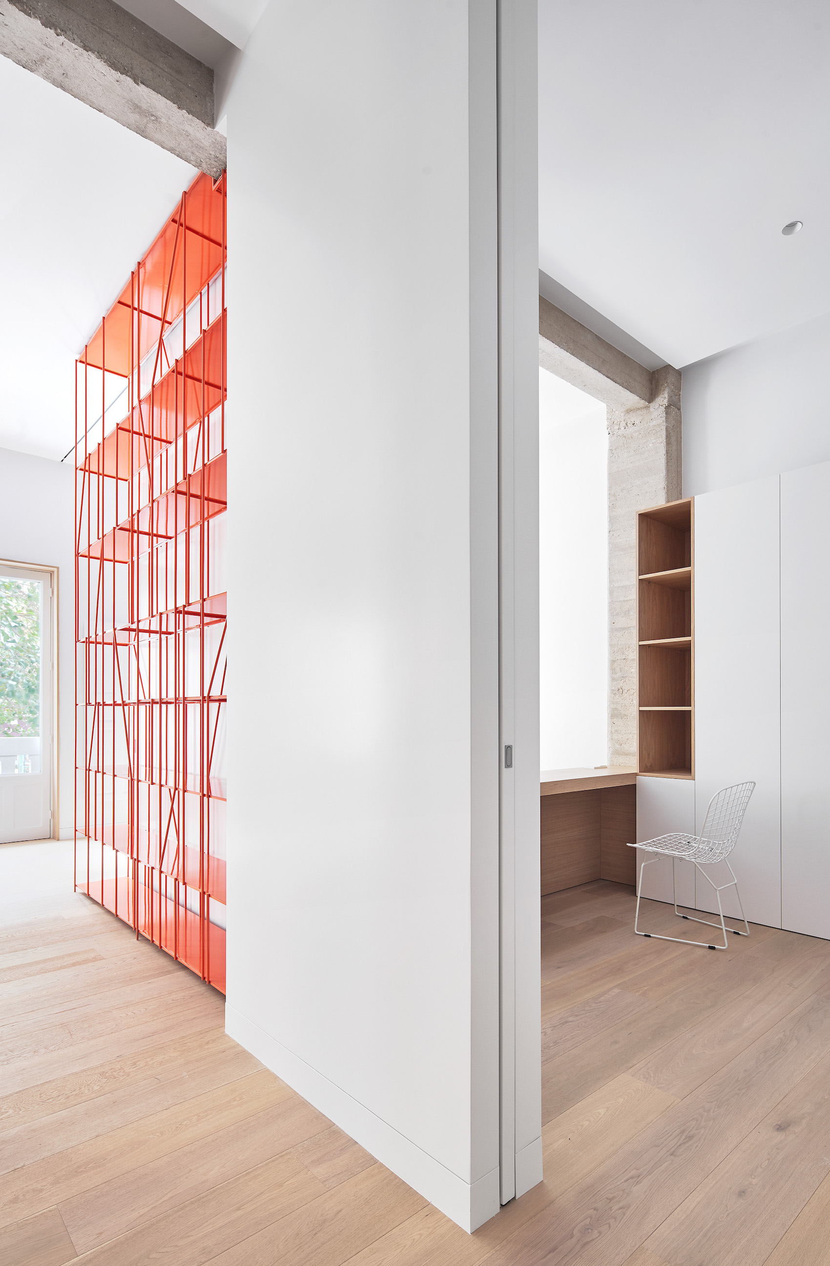 Casa P82 in Madrid, Spain by Lucas y Hernández-Gil