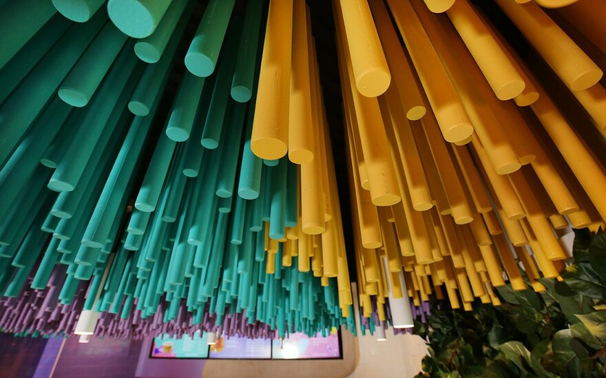 Bubble Tea Shop with a Striking Ceiling Installation in Melbourne, Australia