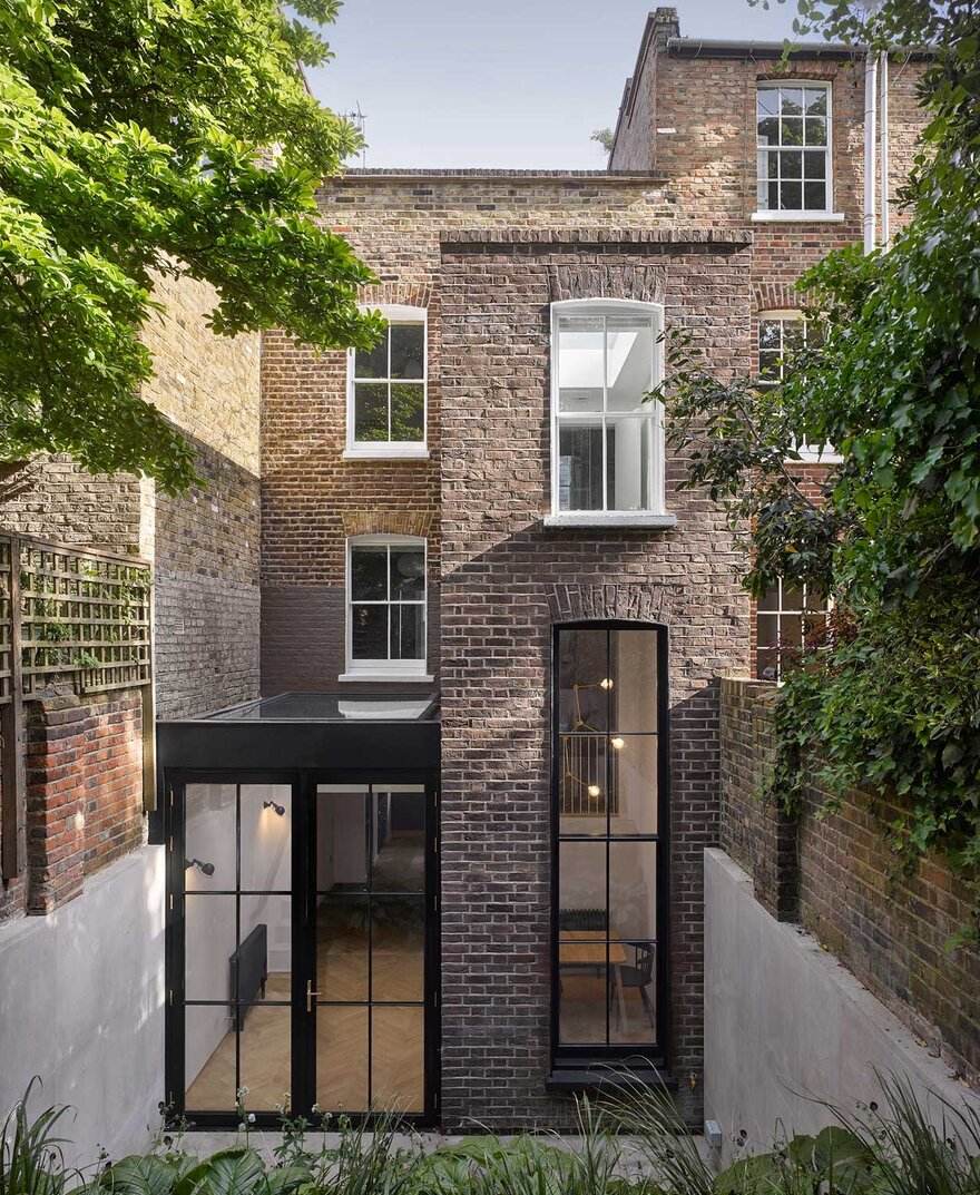Tower House by Dominic McKenzie Architects in Barnsbury