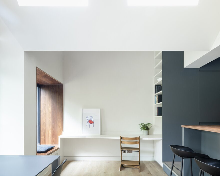 End-of-Terrace Family House Extension by Gruff in London, United Kingdom