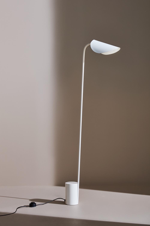 Lumme Lamp by Joanna Laajisto