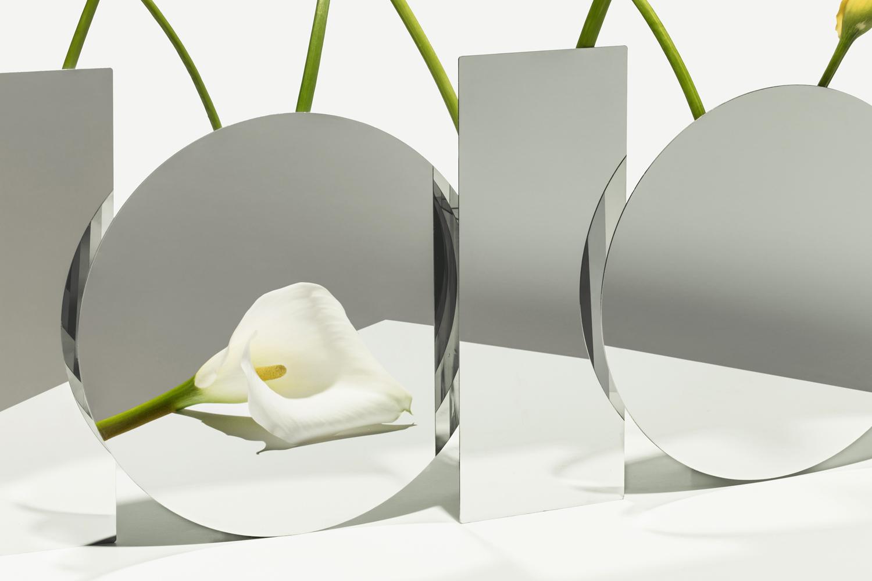 "Minimalist Vase ""A Mirror Face"" by Seoul-based studio ADAO"