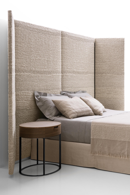 Dike Bed by Antonio Citterio for Maxalto