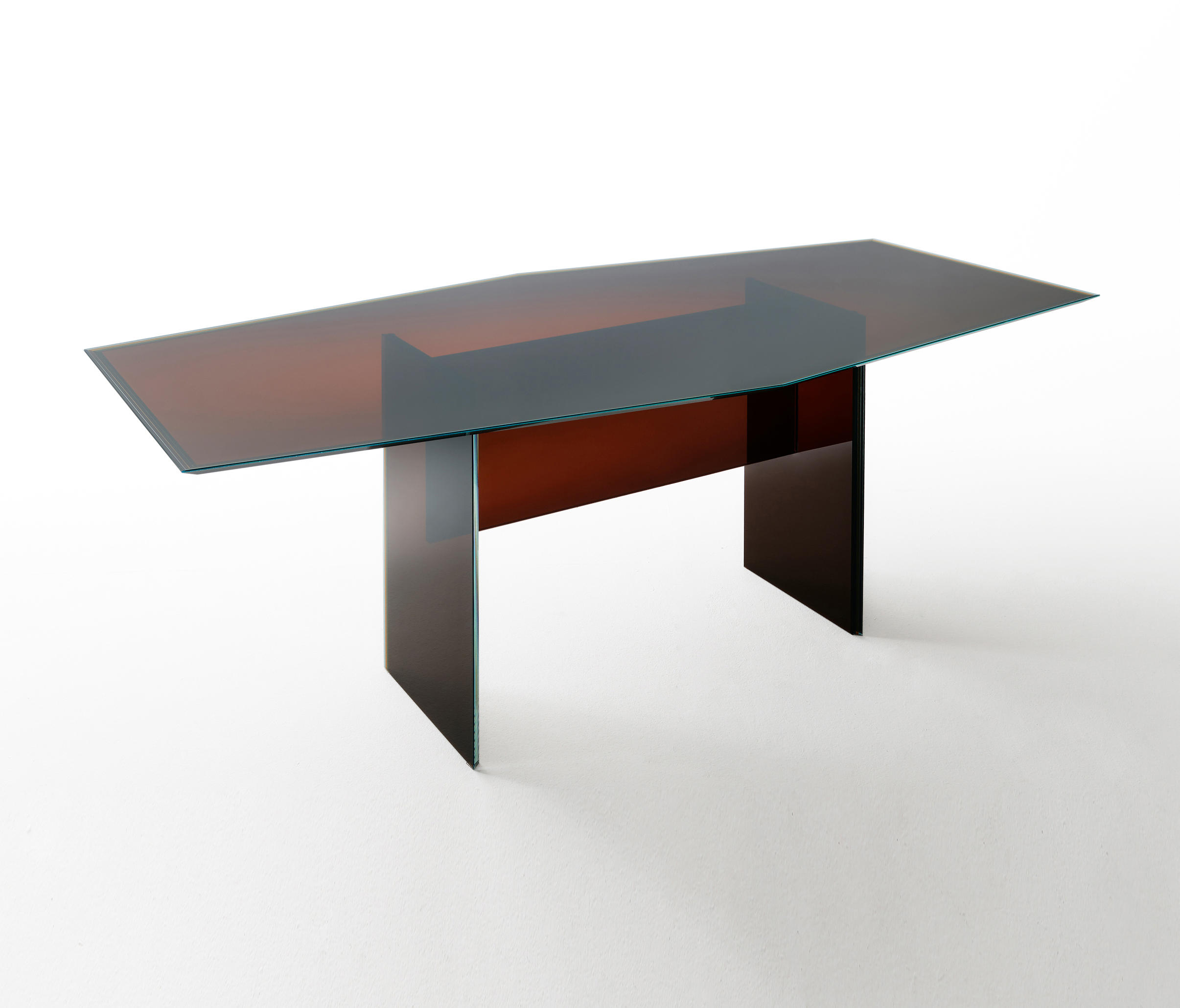 Bisel Table by Glas Italia