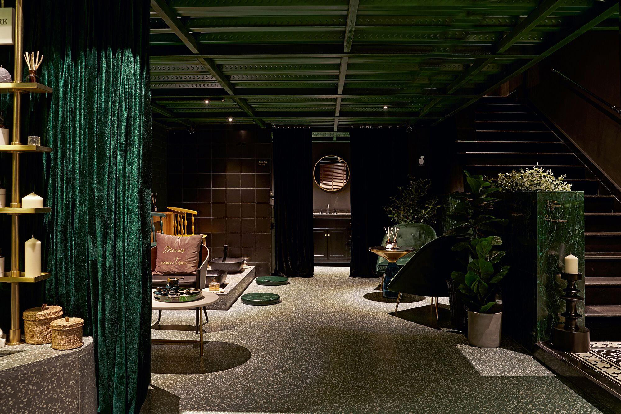 Aroma Dream Thai Massage & Spa in Shenzhen, China by DDDD Creative Studio