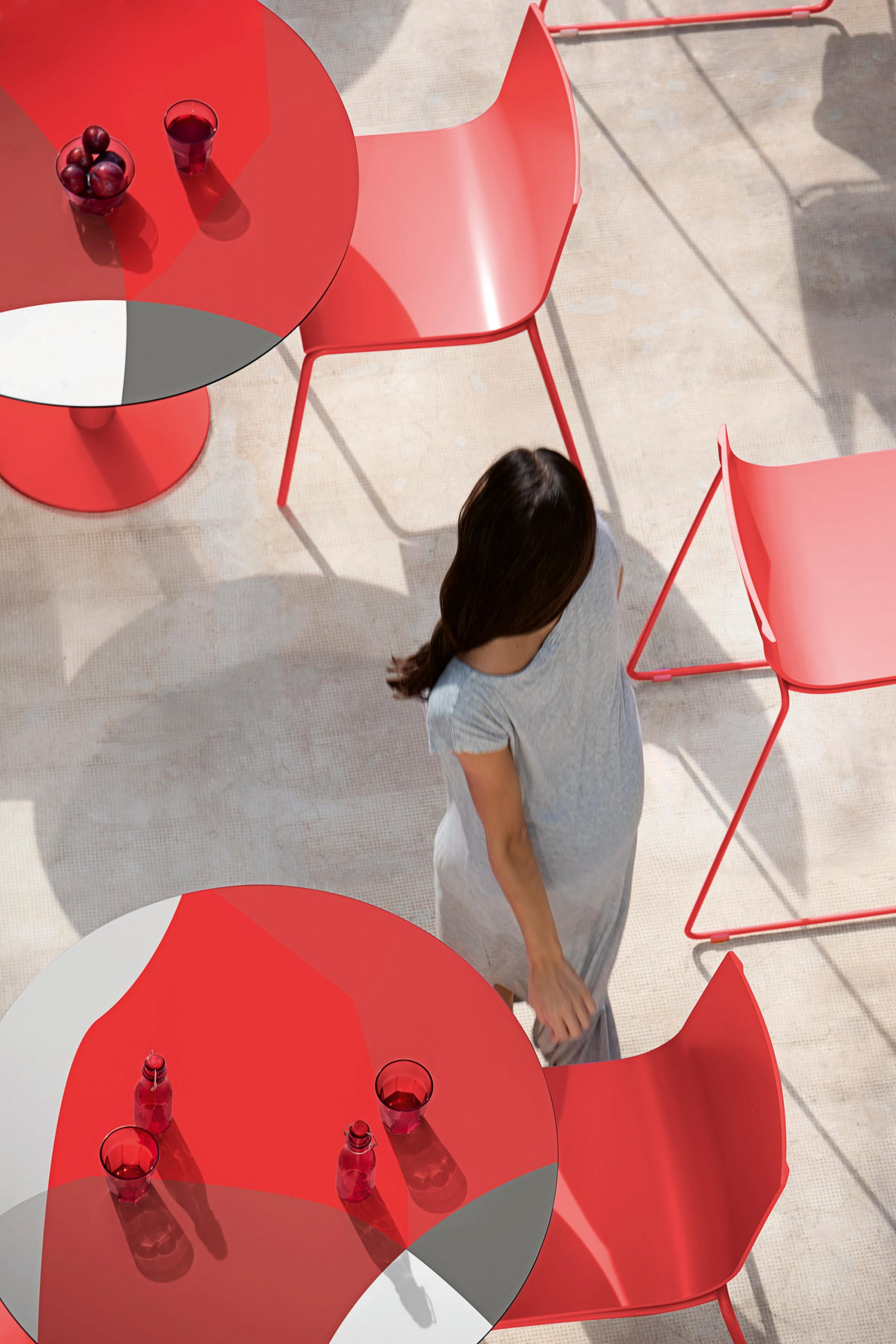 Abstrakt Mona Tables by Jonathan Lawes for Diabla